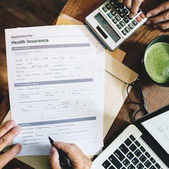 Conceito de formulário de pedido de seguro de saúde