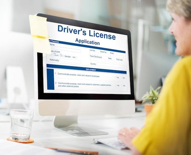 Conceito de formulário de solicitação de carteira de habilitação