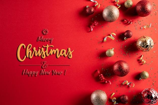 Conceito de fundo de decoração de natal em fundo vermelho.