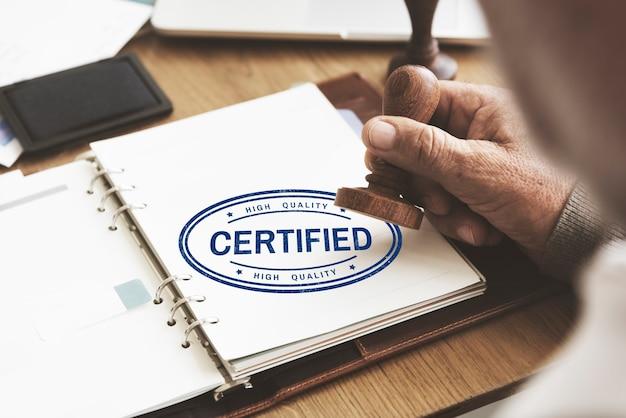 Conceito de garantia de seguro de garantia de garantia certificada