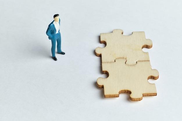Conceito de guia de solução de problemas e seleção de estratégia.