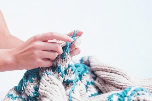 Conceito de hobby de tricô