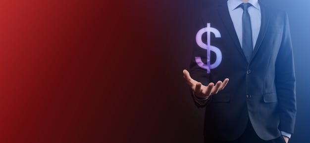 Conceito de investimento de símbolo financeiro internacional de sucesso com homem empresário segurando mostrando o cifrão