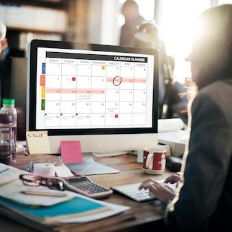 Conceito de lembrete de gerenciamento de organização do planejador de calendário