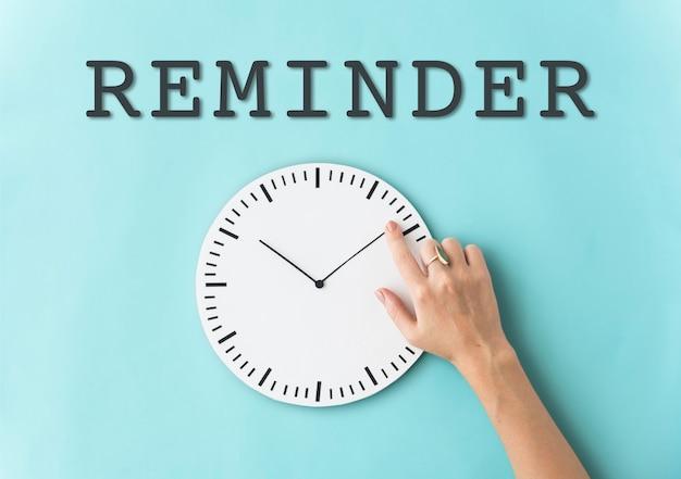 Conceito de lembrete de tempo para impostos