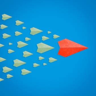 Conceito de liderança com avião de papel como líder