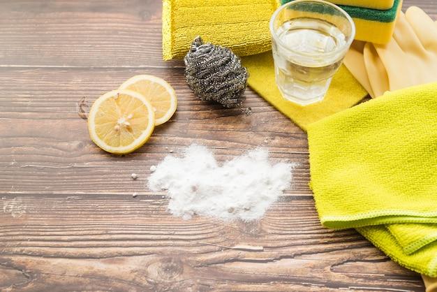 Conceito de limpeza com refrigerante