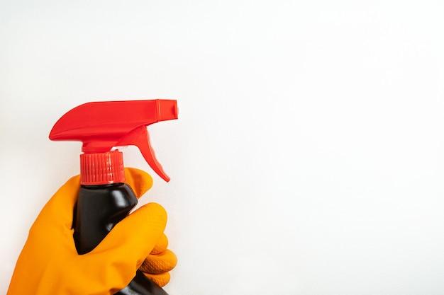 Conceito de limpeza, limpeza e produtos químicos domésticos.