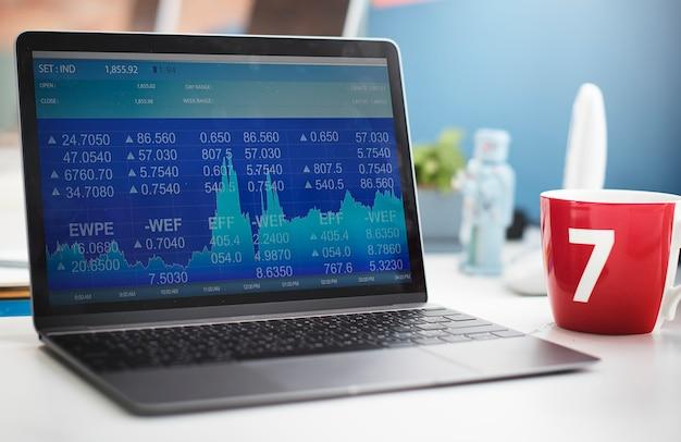 Conceito de local de trabalho de investimento de dados da bolsa de valores