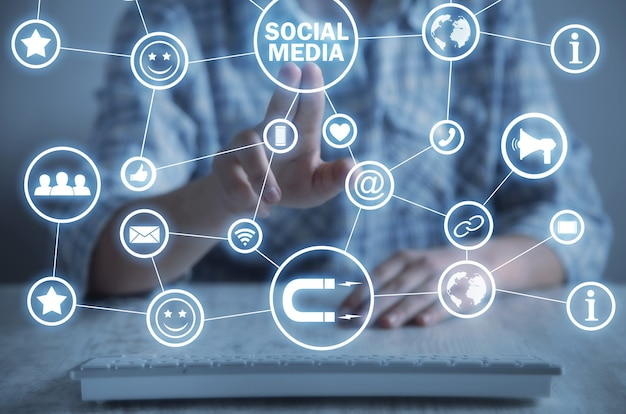 Conceito de mídia social. o negócio. internet. tecnologia