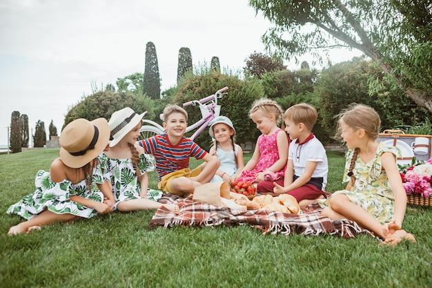 Conceito de moda infantil