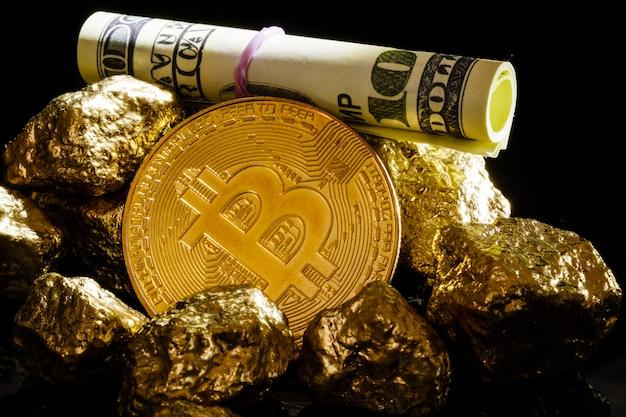 Conceito de negócio de ouro e notas de dólar de pepita bitcoin