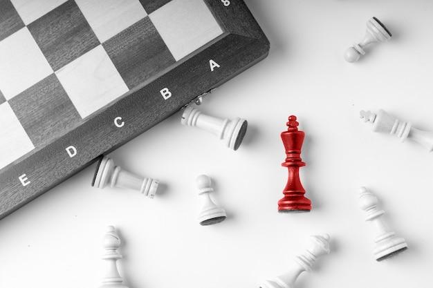 Conceito de negócio de xadrez, líder e sucesso da vista superior