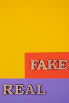 Conceito de notícias falsas acima da vista