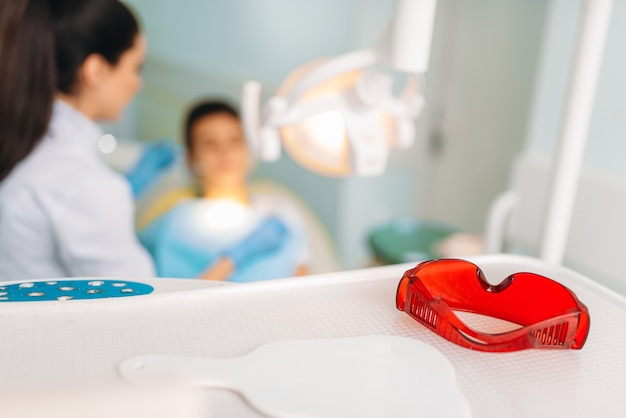 Conceito de odontologia pediátrica, estomatologia infantil.