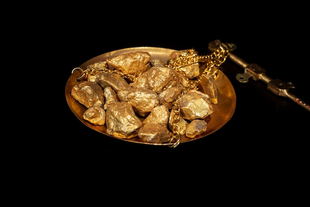 Conceito de ouro, close-up de grandes pepitas de ouro