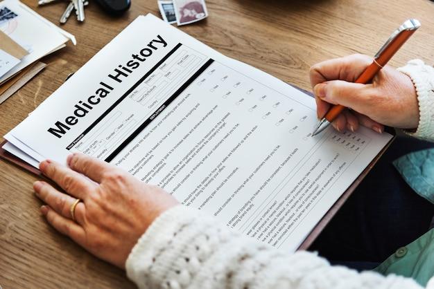 Conceito de paciente de histórico de formulário de relatório médico