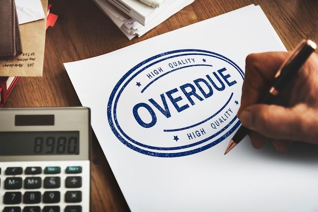 Conceito de pagamento não pago de transações pendentes em atraso