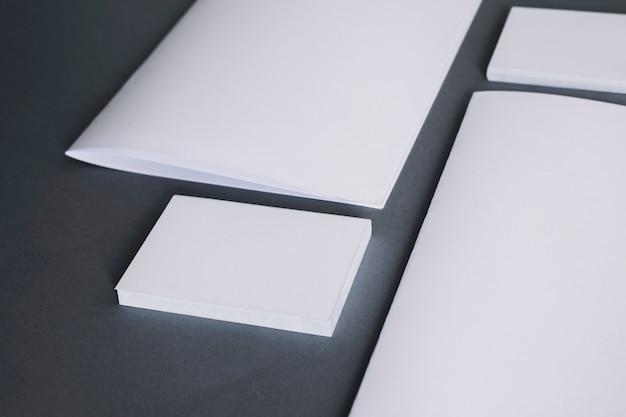 Conceito de papelaria em branco