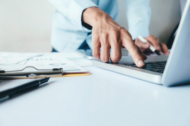 Conceito de planejamento e estratégia de análise de negócios.