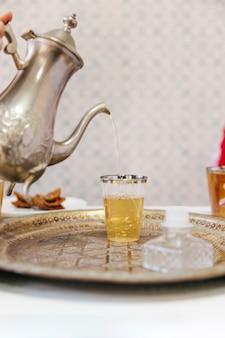 Conceito de ramadã com chá