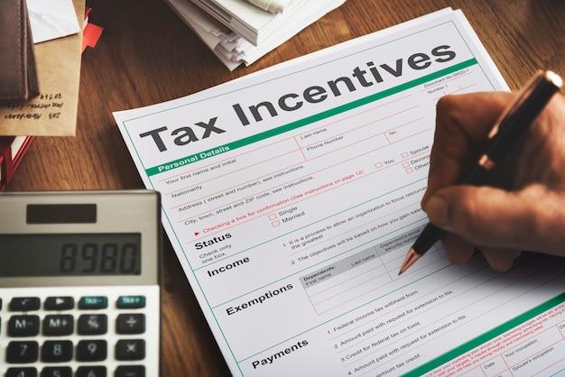Conceito de renda de pagamento em dinheiro de benefício de auditoria de incentivo fiscal