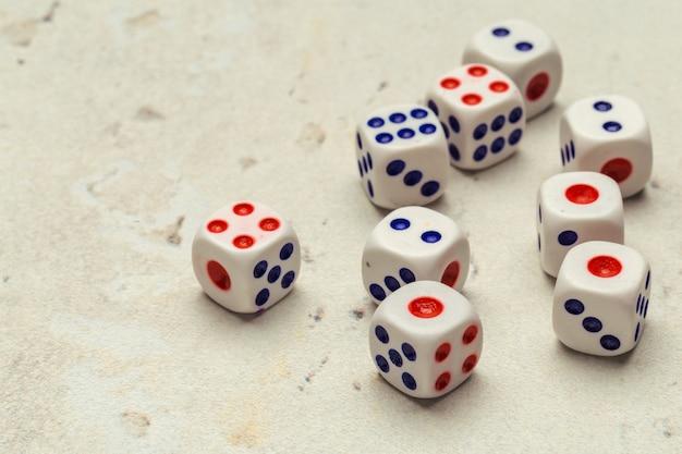 Conceito de risco - jogando dados