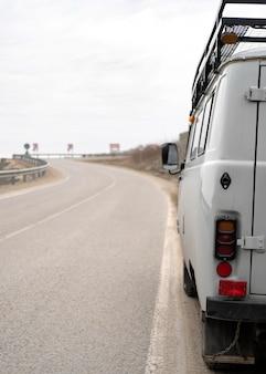 Conceito de roadtrip com van