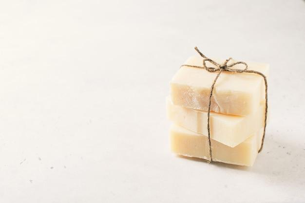 Conceito de sabonete artesanal, spa e cuidados com o corpo