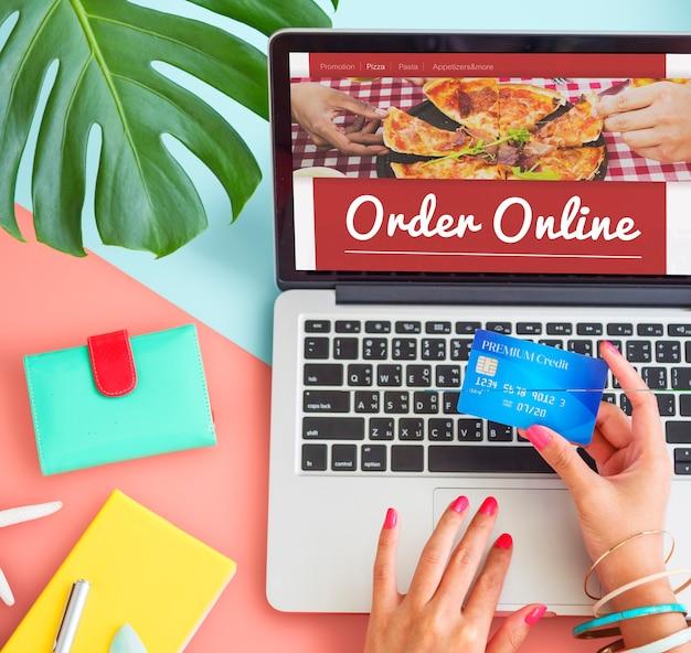 Conceito de serviço de entrega de pizza online