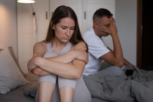 Conceito de sexo ruim com casal chateado