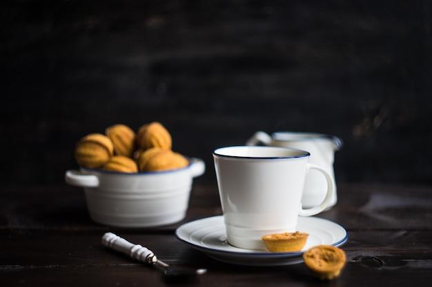 Conceito de sobremesa com chá
