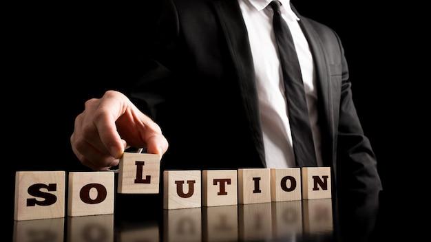 Conceito de solução de negócios criativos