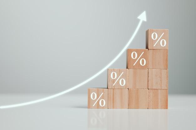 Conceito de taxas financeiras e hipotecárias de taxa de juros a economia está melhorando