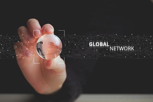 Conceito de tecnologia inteligente de rede e telecomunicações global.
