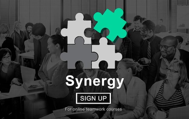 Conceito de trabalho em equipe de cooperação de colaboração de sinergia