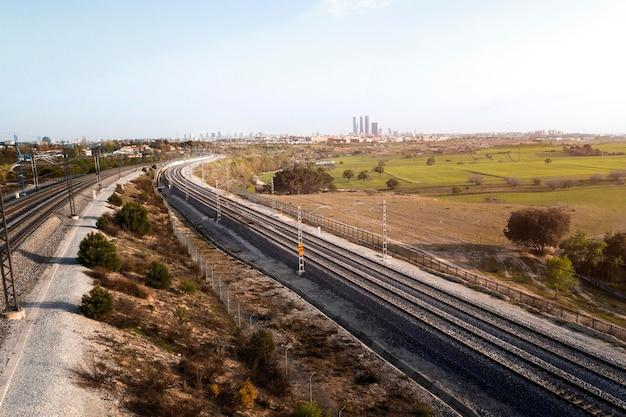 Conceito de transporte com ferrovia