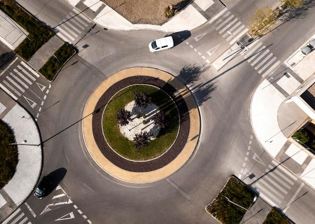 Conceito de transporte com interseção Foto gratuita