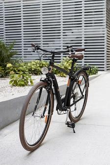 Conceito de transporte ecológico com bicicleta