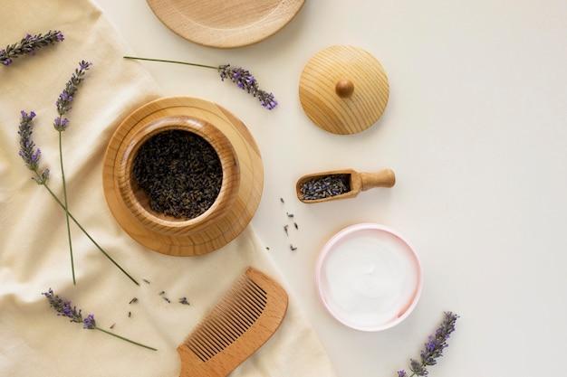 Conceito de tratamento de spa com creme orgânico