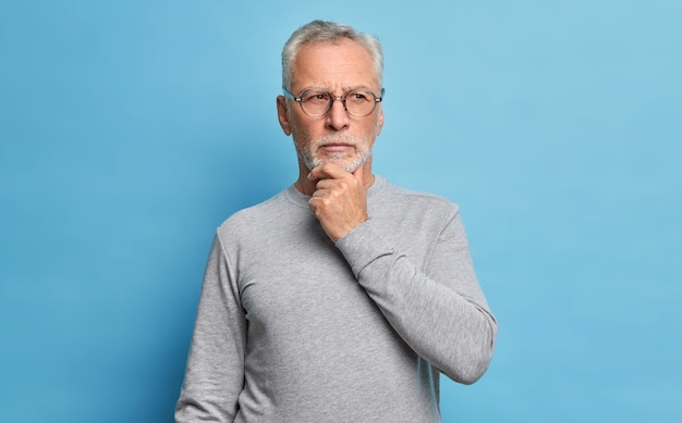 Conceito de velhice e pensamentos