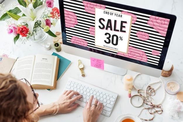 Conceito de venda de conexão de consumo on-line de compras