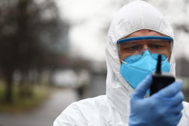 Conceito de vírus de coroa chinesa