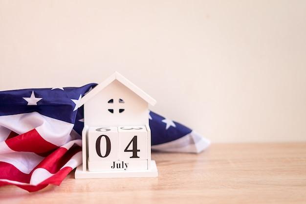 Conceito do dia da independência dos eua 4 de julho com a bandeira dos eua memorial day Foto Premium