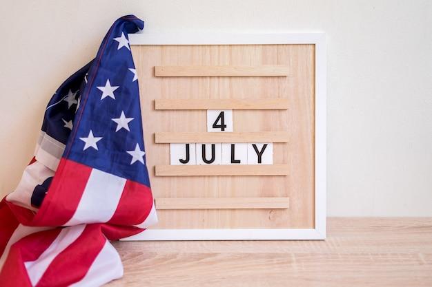 Conceito do dia da independência dos eua 4 de julho com a bandeira dos eua memorial day