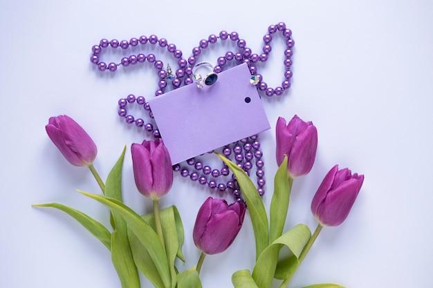 Conceito do dia das mães florais roxas