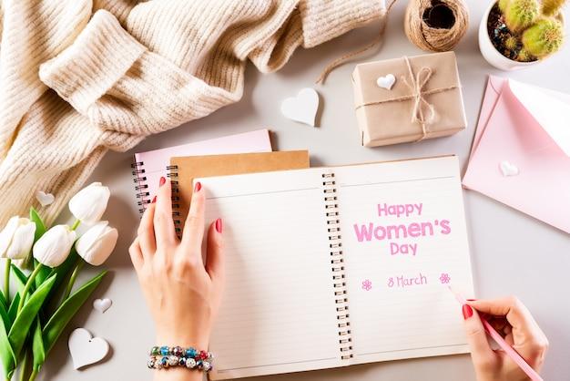 Conceito do dia internacional da mulher. vista superior plana leiga, 8 de março.