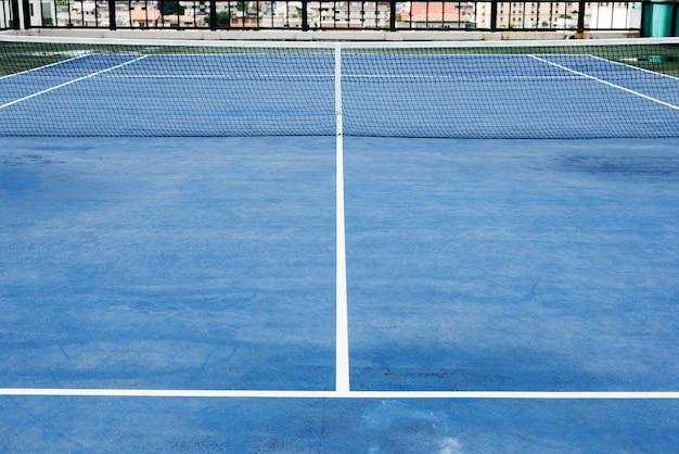 Conceito do jogo do jogo de fósforo do esporte do campo de tênis