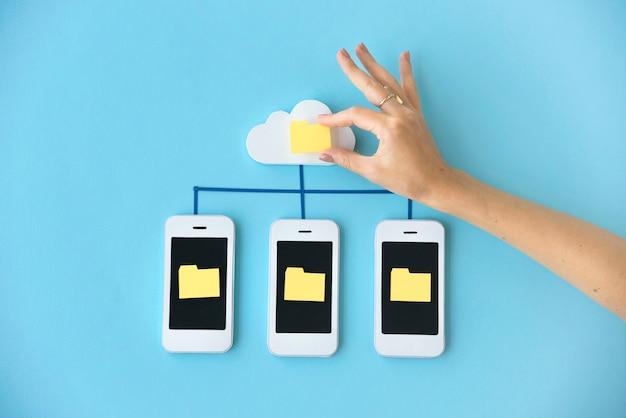 Conceito do telefone dos trabalhos em rede do telemóvel de smartphone