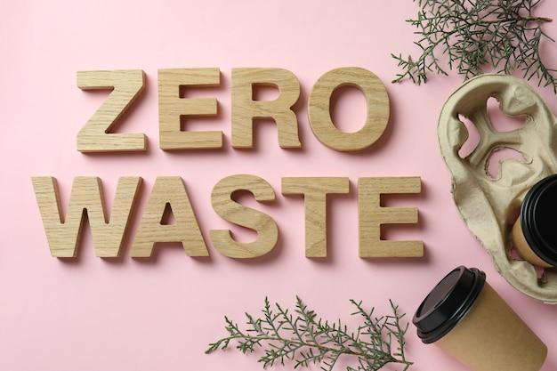 Conceito ecológico de resíduos zero na cor rosa
